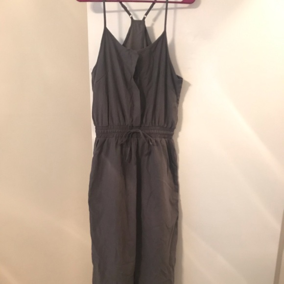 Dresses & Skirts - Brand new, never worn gray jumper.